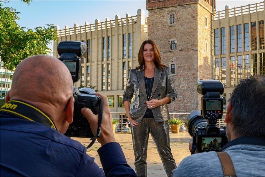 Blitzlichtgewitter für einen Weltstar: Katarina Witt in Chemnitz.