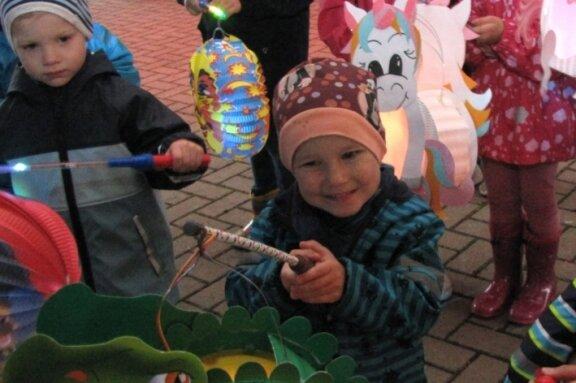 Teichfest: Lampions leuchten