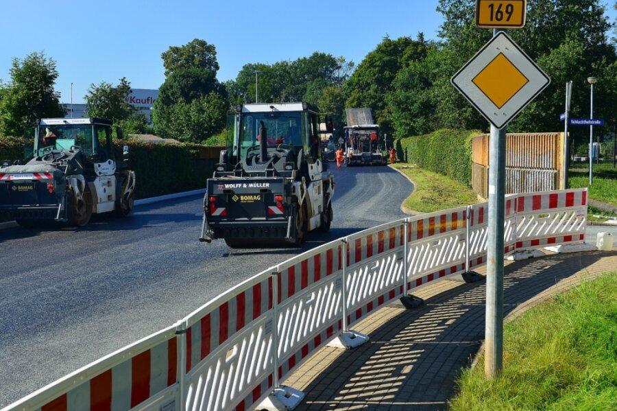 In Frankenberg bekommt die B 169 im Stadtgebiet eine neue Fahrbahn. Derzeit ist sie zwischen Merzdorfer Straße und Schlangenbrücke gesperrt.