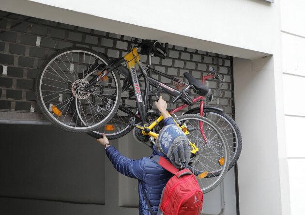 Falsch angeschlossen - Fahrräder verklemmen Rolltor