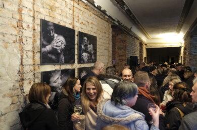 Ausstellungseröffnung in den alten Gemäuern des Reichenbacher Stadthauses am Solbrigplatz mit Bildern der Greizerin Franziska Barth.