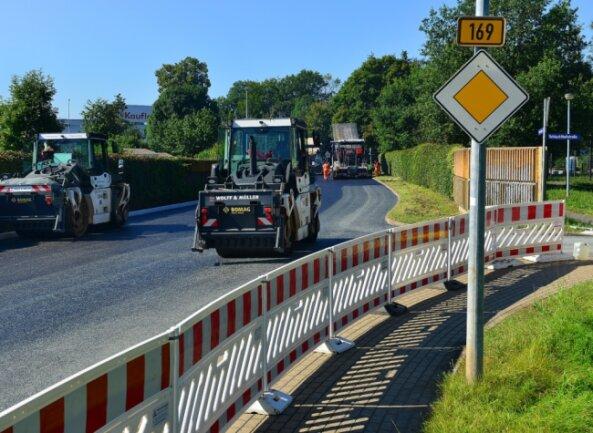 In Frankenberg bekommt die B 169 im Stadtgebiet eine neue Fahrbahn. Derzeit ist der Abschnitt zwischen Merzdorfer Straße und Schlangenbrücke gesperrt.