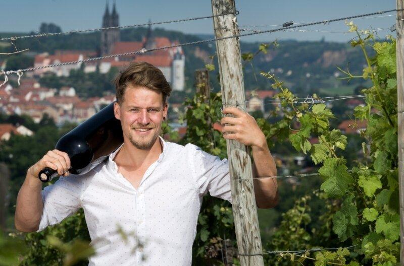 Mit 21 Jahren schon zweitbester Jungwinzer Deutschlands, mit 24 Jahren bester Jungwinzer Europas und jetzt mit29 Jahren Inhaber des väterlichen Weingutes in Sörnewitz: Matthias Schuh.