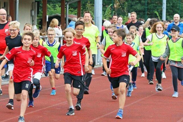 270 Läufer rennen für einen guten Zweck