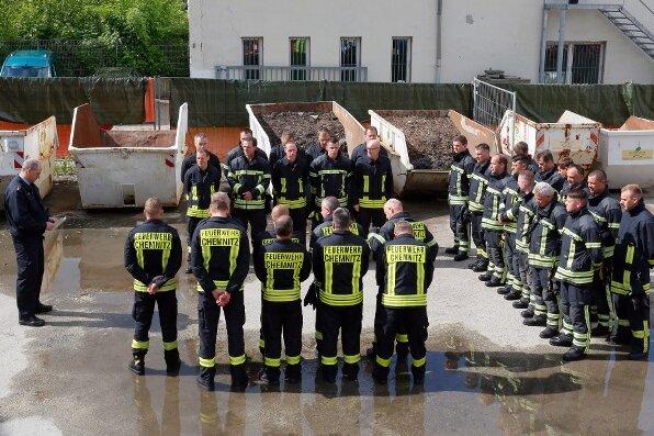 Chemnitzer Feuerwehr gedenkt verstorbenem Kameraden
