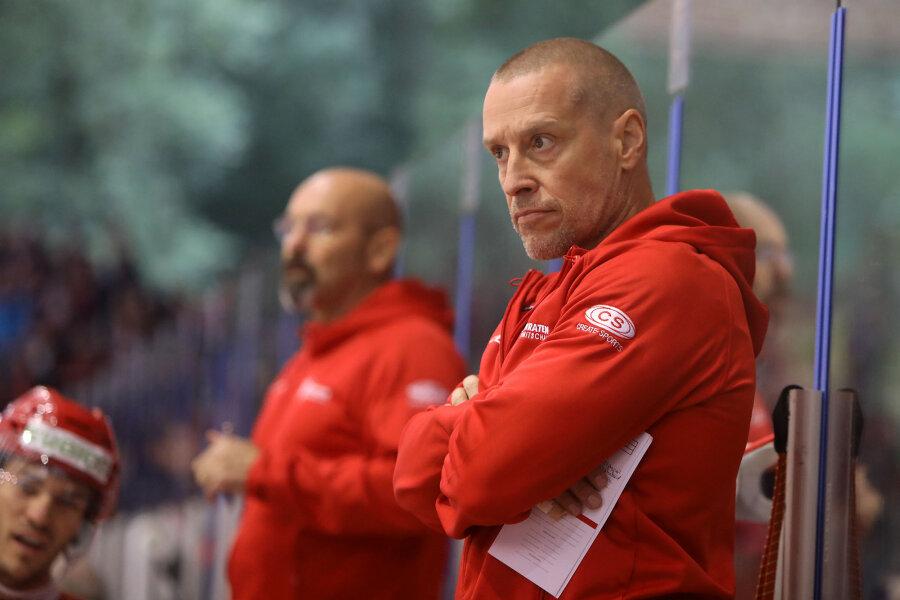 Dahlem bleibt Co-Trainer der Eispiraten