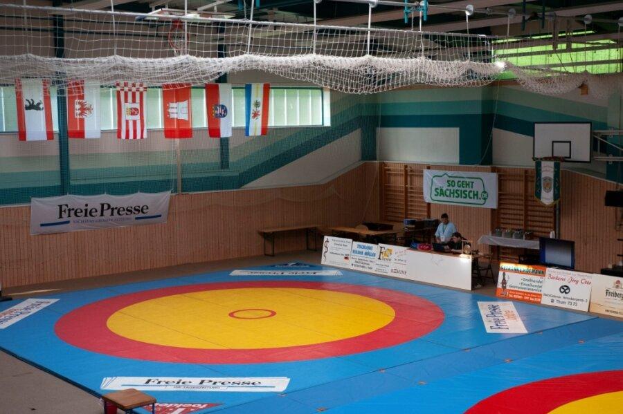 Die Ringerhallen bleiben leer. Nach nur zwei Kampftagen wurden alle Mannschaftsduelle abgesagt.