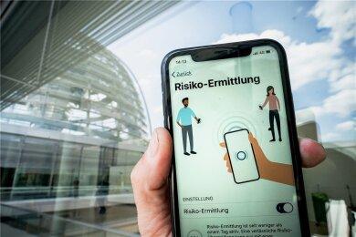 Mehr als 18 Millionen Deutsche haben die Corona-Warn-App inzwischen auf ihr Smartphone geladen. Reicht das für den Erfolg?