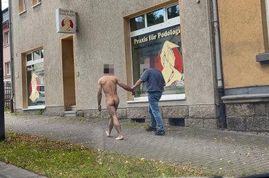 Der nackte Mann in Auerbach.