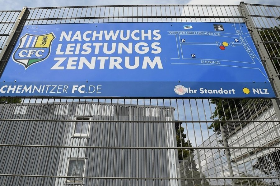 CFC-Nachwuchs: GmbH finanziert Leistungszentrum