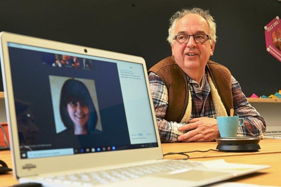 Rentner wie Martin Killat aus Culitzsch bei Zwickau sind bei Starts-ups, die mit seniorengerechten Produkten auf den Markt drängen, gefragte Interviewpartner. Sie sollen den Gründern helfen, Neuheiten für die ältere Generation noch alltagstauglicher zu machen.