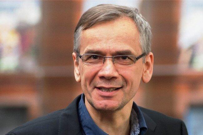 """Lutz Seiler erhielt 2020 den Preis der Leipziger Buchmesse für seinen Roman """"Stern 111""""."""
