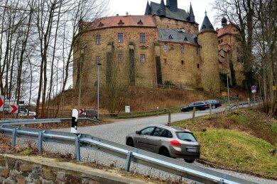 Rund um die Burg Kriebstein sind viele Bäume und Gehölze entfernt worden, was im Gemeinderat für einige Kritik sorgte.