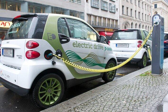 Kfz-Steuer für Elektroautos ist oft höher als für Benziner