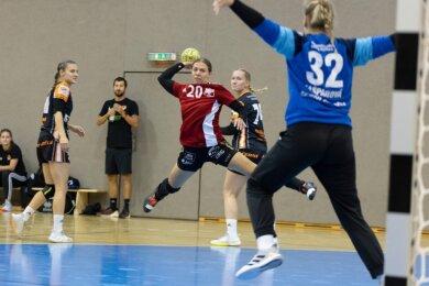 Petra Nagy kommt in dieser Szene aus dem Testspiel am Freitagabend gegen Most frei zum Wurf. Sie gehörte in der Aufstiegssaison zu den Stützen des BSV und will daran auch in der 1. Bundesliga anknüpfen.