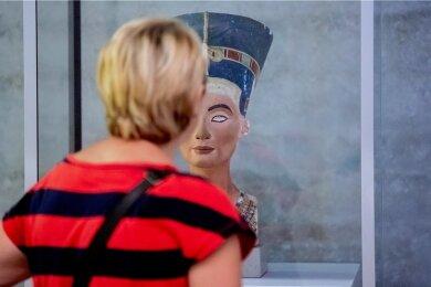 Die ägyptische Königin Nofretete, hier ein Modell, gilt als Inbegriff einstiger Schönheitsideale.