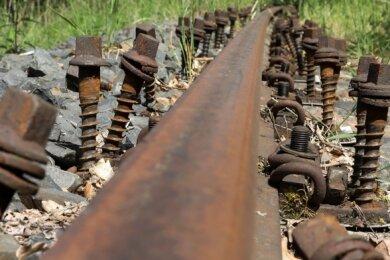 Letzten Sommer wurden bei Glauchau Teile der Muldenbahn demontiert. Jetzt soll der alte Zustand wieder hergestellt werden.