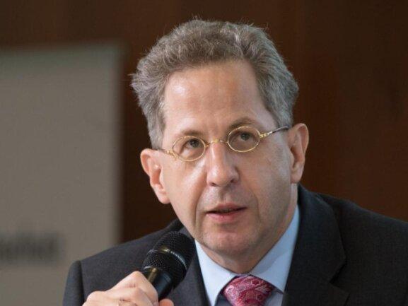 Hans-Georg Maaßen, Präsident im Bundesamt für Verfassungsschutz, spricht während einer Konferenz.