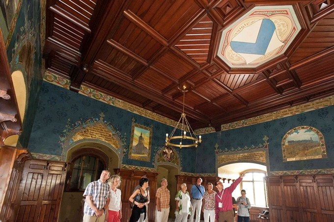 Prachtsäle auf Burg Mylau begeistern