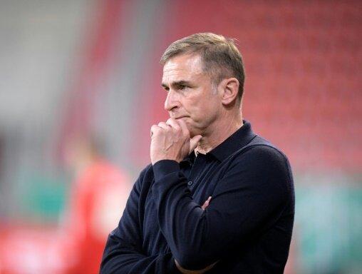 """Stefan Kuntz erwartet """"schwerstes Spiel des Jahres"""""""
