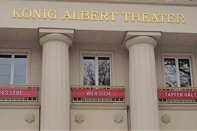 """""""Es lebe, wer sich tapfer hält."""" Dieses zur Krise passende Faust-Zitat steht an der Fassade des König-Albert-Theaters. Auch Bad Elsters Bürgermeister Olaf Schlott geht mit aufmunternden Worten an die Öffentlichkeit."""