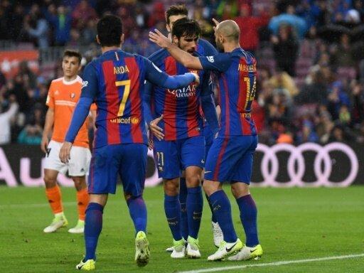 Barcelona setzt Verfolger Real unter Druck
