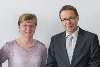 Sie beantworteten die Fragen: Anja Wenzel (Lohnsteuerhilfeverein Oberes Elbtal-Meißen), Marika Adamiak (Steuerring), Uwe Rauhöft (Geschäftsführer des Neuen Verbandes der Lohnsteuerhilfevereine) und Gabriele Kneschk (Vereinigte Lohnsteuerhilfe).