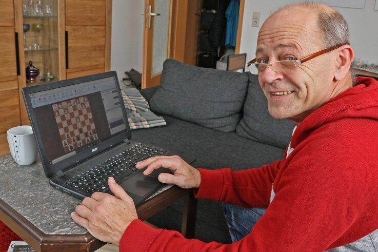 Besser Online-Schach-Liga als gar kein Mannschafts-Spielbetrieb: Lutz Faber wird mit dem Zwickauer SC auch 2021 wieder dabei sein.