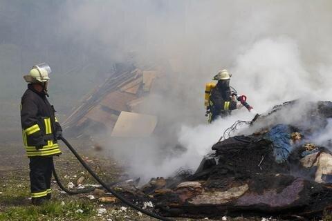 Am Fuße des Fichtelbergs hat es erneut gebrannt.