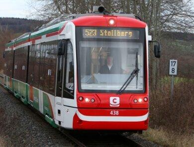 Die Citybahn macht auf dem Weg von Glauchau nach Stollberg auch in Lichtenstein Station.