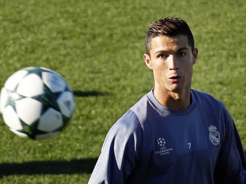 Real Madrids Superstar Cristiano Ronaldo hat 2015 sehr viel Geld verdient.