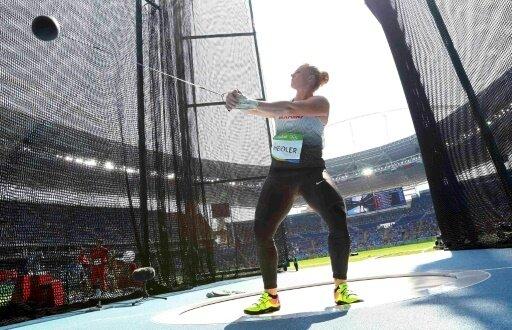 Betty Heidler bekommt nachträglich die Silbermedaille