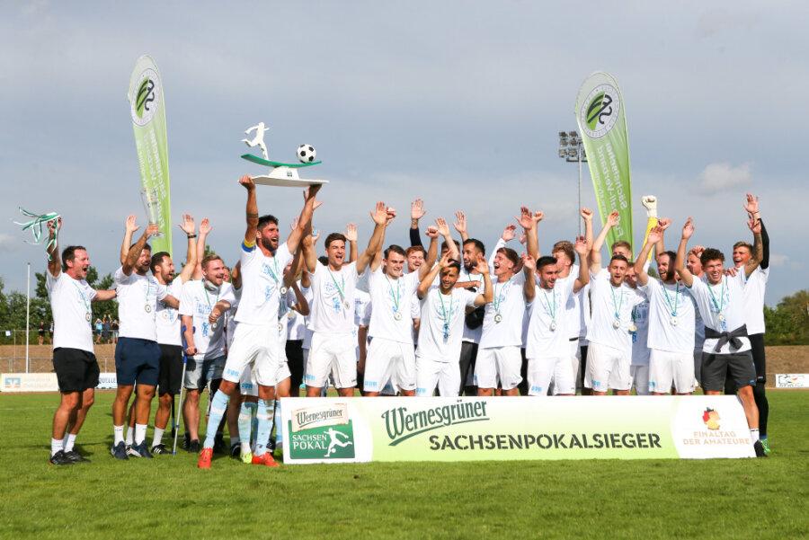 Jubel beim CFC: Die Chemnitzer haben den Sachsenpokal gewonnen.
