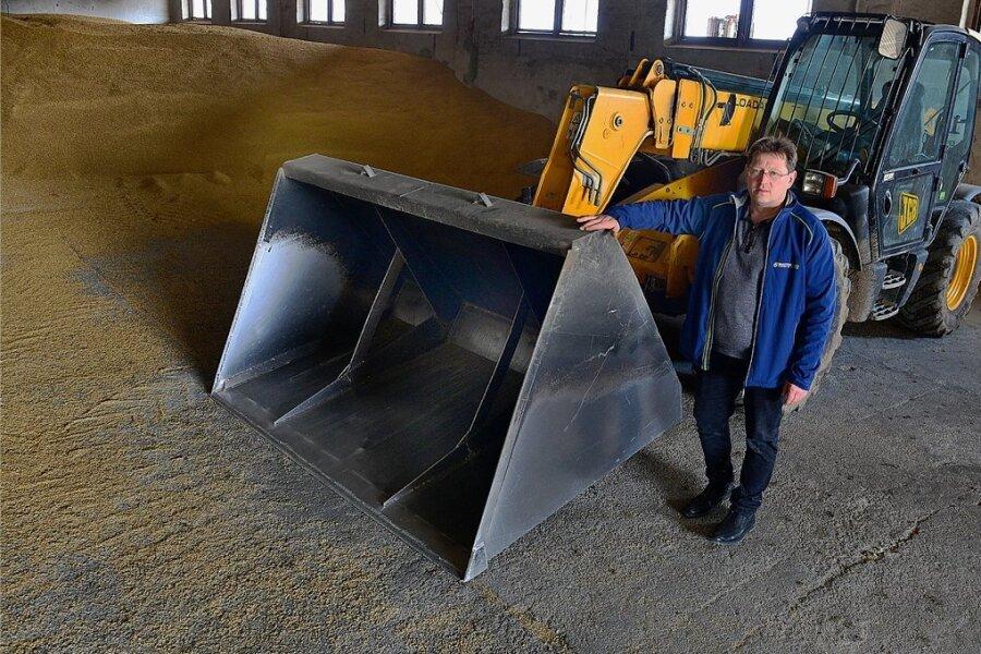Silvio Hainich, Chef der Agrargenossenschaft Hainichen-Pappendorf, hat den gestohlenen Radlader nun wieder zurückbekommen.