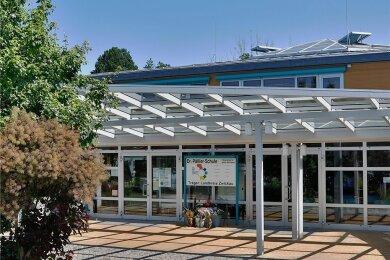 Die Dr.-Päßler-Schule, in welcher Mädchen und Jungen lernen, bekommt ein zusätzliches Klassenzimmer.