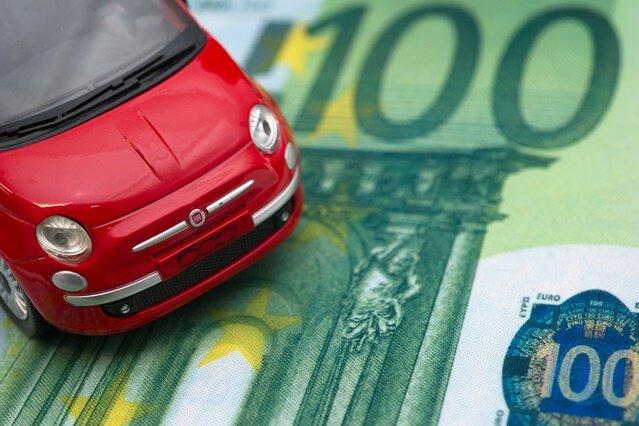 Wechsel der Kfz-Versicherung kann enorm viel Geld sparen