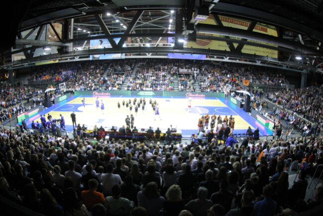 Bisher spielten die Niners sieben Mal in der Messe - so wie hier gegen die Gotha Rockets im April 2017 - und lockten dabei durchschnittlich 4600 Besucher an.
