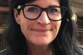 Friseurmeisterin Romy Hiller-Floß sorgt sich um ihr Geschäft und die Zukunft ihrer Mitarbeiterin.