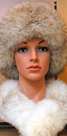 Accessoires aus Pelz sind nach wie vor beliebt.