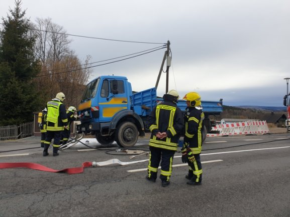 Als Ursache für den Brand vermutet die Polizei einen technischen Defekt.