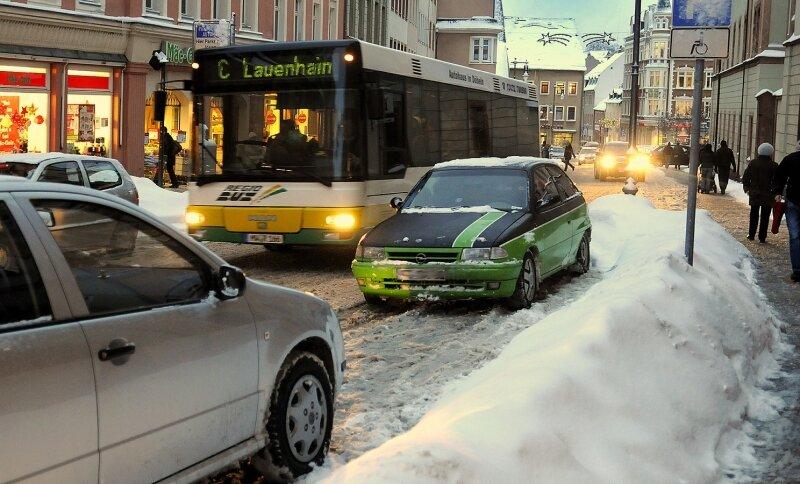 Winterchaos hat am Dienstag im Berufsverkehr in Mittweida geherrscht.
