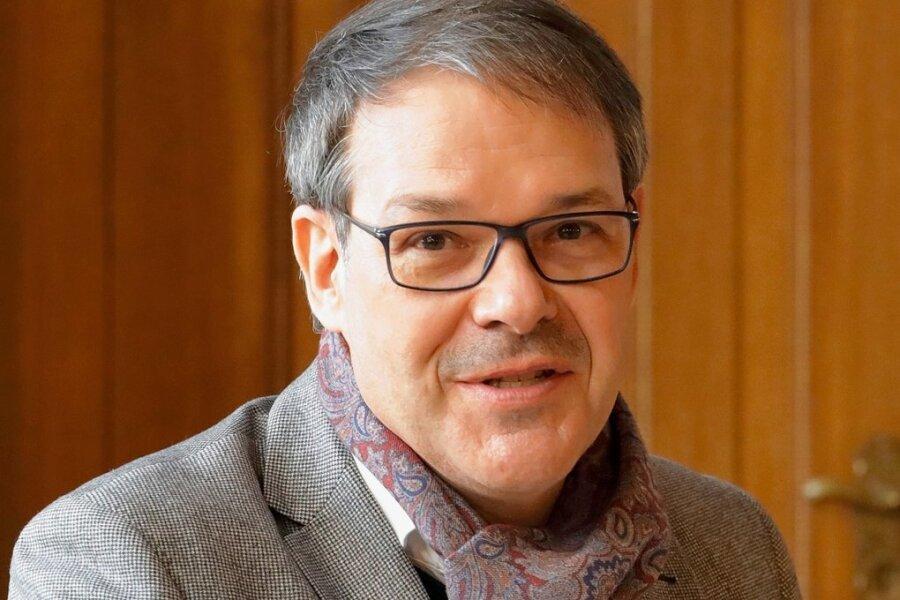 Der Generalintendant der Theater Chemnitz und Interimsgeschäftsführer der Kulturhauptstadt GmbH, Christoph Dittrich, wirbt in St. Petersburg für Chemnitz.