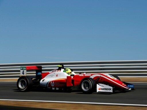 Mick Schumacher holt seine erste Pole Position