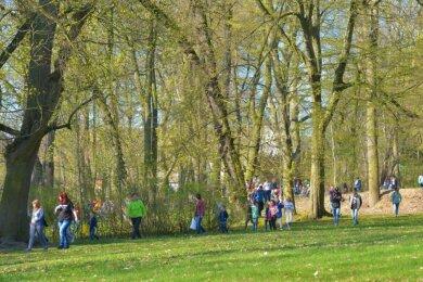 Im Jahr 2019 fand die vorerst letzte Ostereiersuche im Schlosspark Netzschkau statt. Die Grüne Lunge der Stadt soll umgestaltet werden.