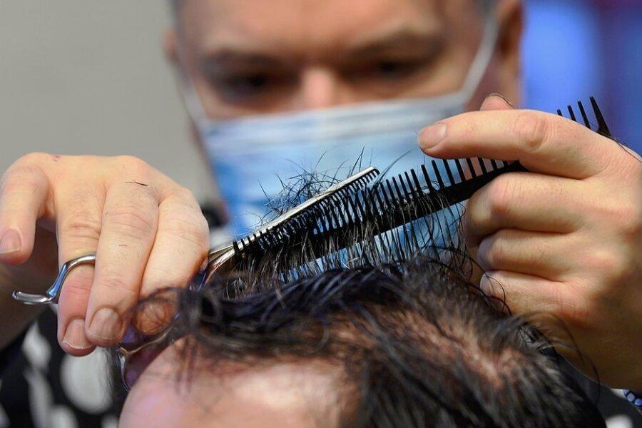 Entscheidung zu Testpflicht bei Sachsens Friseuren rechtskräftig