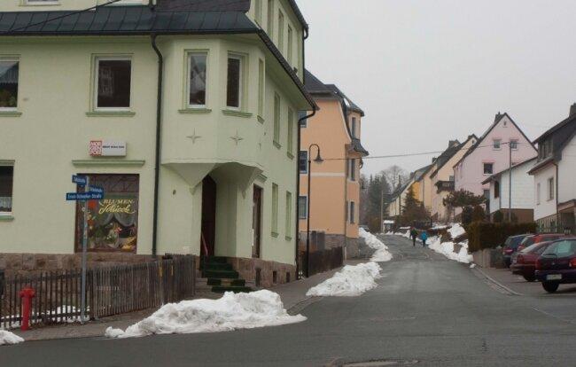 Gestern waren in Bernsbach nur noch wenige Schneereste zu sehen ...