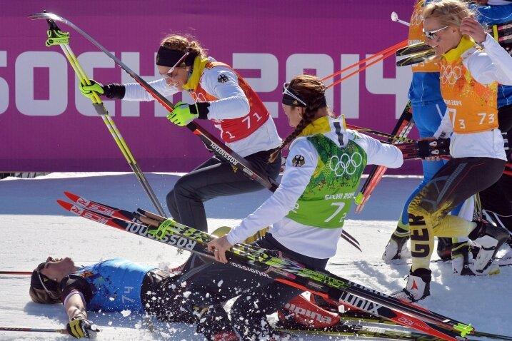 Ein überglückliches Langlauf-Quartett: Denise Herrmann, Nicole Fessel, Stefanie Böhler und Claudia Nystad (von links).