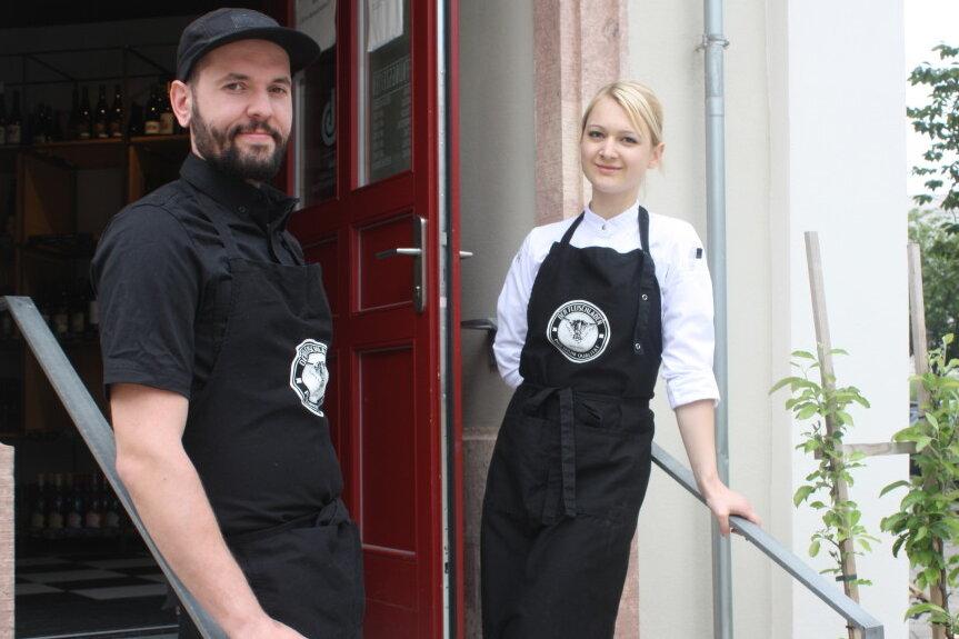 Foto oben: Hanna Lehmann leitet jetzt gemeinsam mit Eric Heim die Küche im Fleischladen.