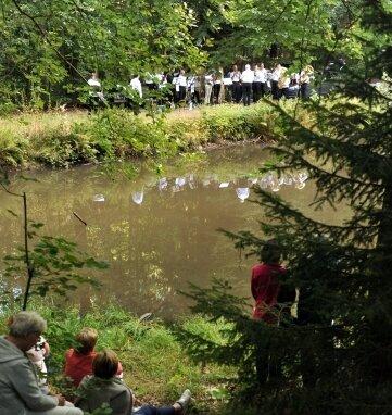 Die Serenade am Schwarzen Teich in Erdmannsdorf ist längst kein Geheimtipp mehr.
