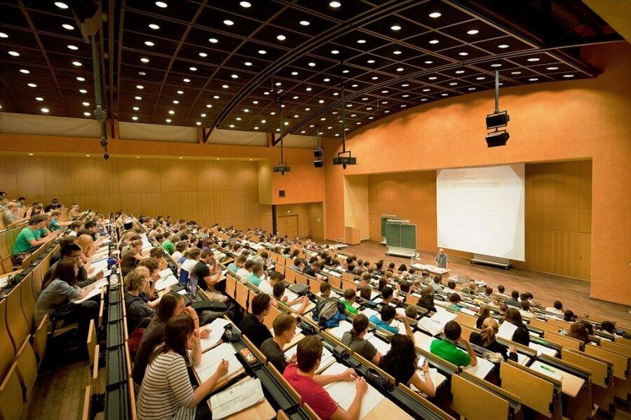 Ein Hörsaal der Technischen Universität Chemnitz. Für die kommende Jahre ist ein enger Austausch mit der Universität in der slowenischen Stadt Nova Gorica geplant, neben Chemnitz zweite Kulturhauptstadt Europas 2025.
